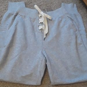 NWT aerie laceup jogger